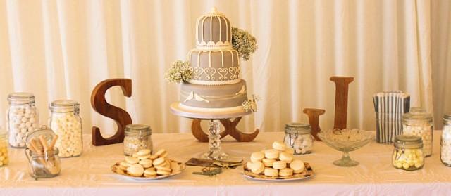 205a_thumb_32_best_scottish_weddings_cakes.jpg