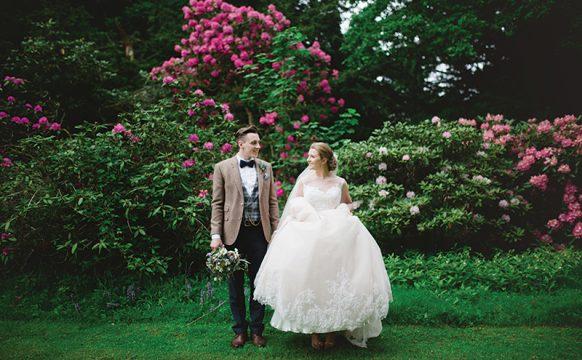 FEATStrathallancastleweddingTheGibsons8-15.jpg